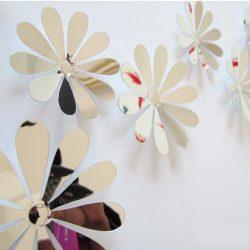 Tükrös 3D virágok