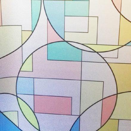 Színes ablakdekor matrica a Dekorációk Webáruház kínálatában