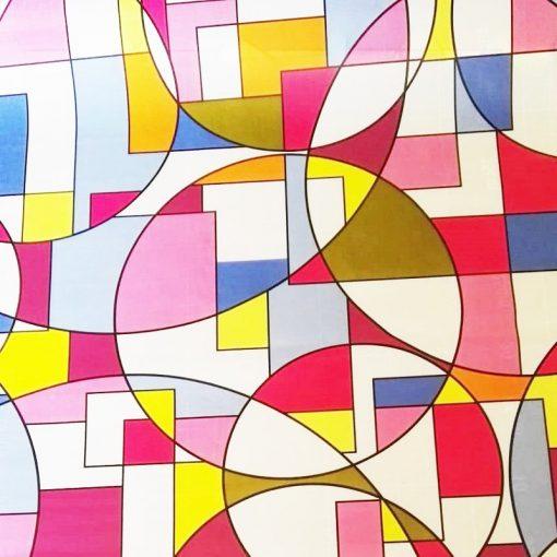 Színes absztrakt ablakdekor matrica a Dekorációk Webáruház kínálatában