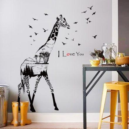 Zsiráf sziluett, madarakkal